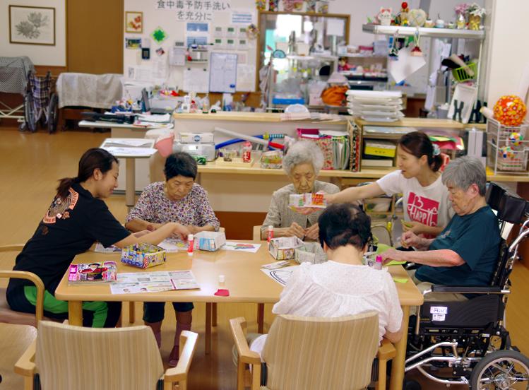 特別養護老人ホーム 1日の過ごし方 趣味の時間